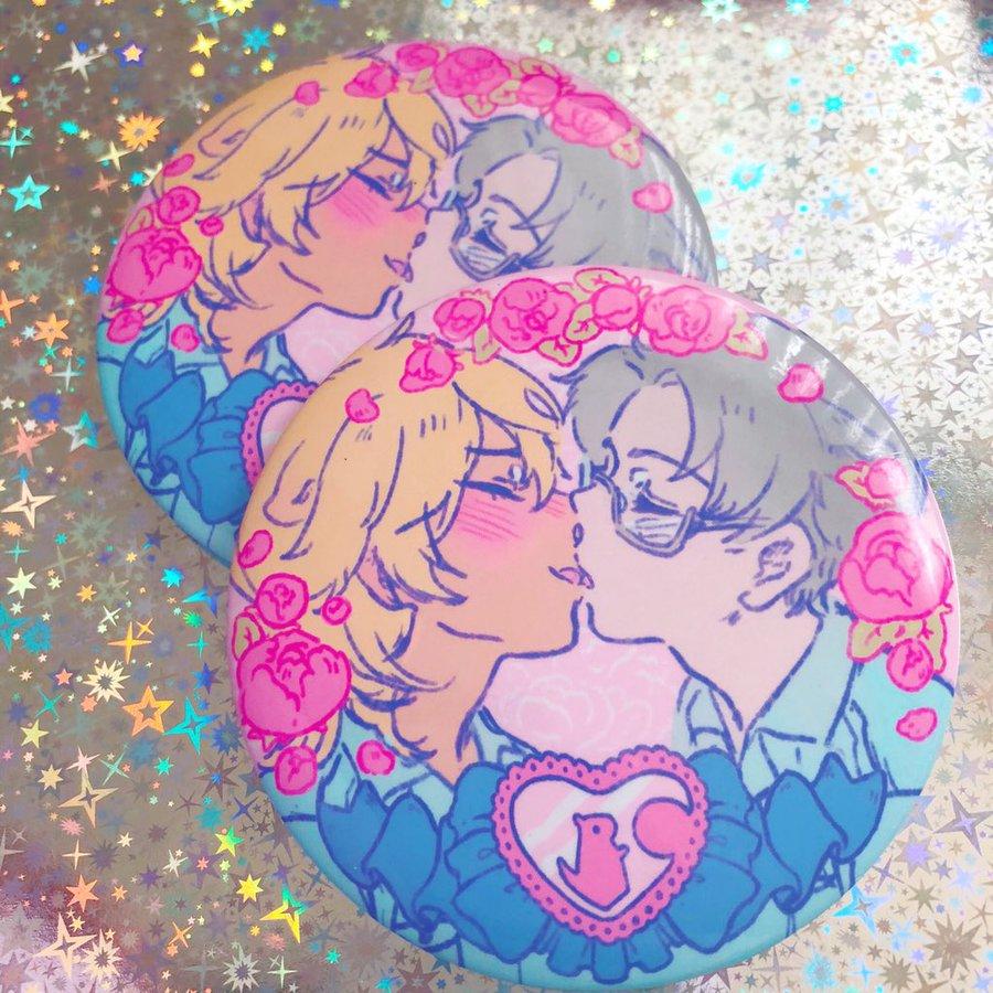 sarazanmai reo and mabu kissing surrounded with flowers